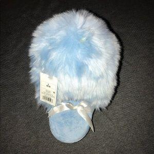 Super furry slippers NWT
